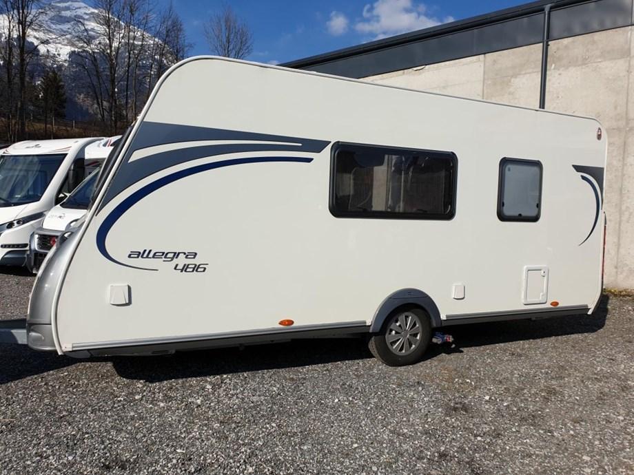 Wohnwagen Mit Etagenbett Und Mover : Allegra 486 incl. mover solar vorzelt caravan auf wohnwagen.info