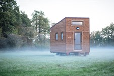 Wohnwagen - Bordtoilette - Wien - NimmE Tiny House - Limited Edition Traveler