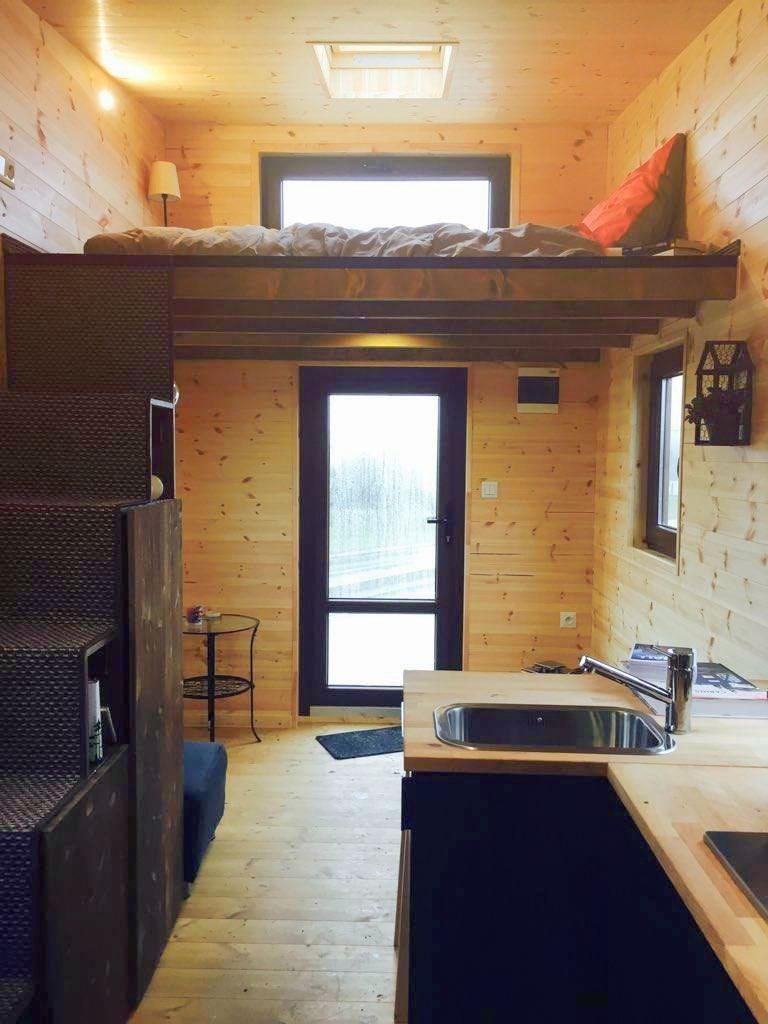nimme tiny house limited edition traveler caravan auf wohnwagen info. Black Bedroom Furniture Sets. Home Design Ideas